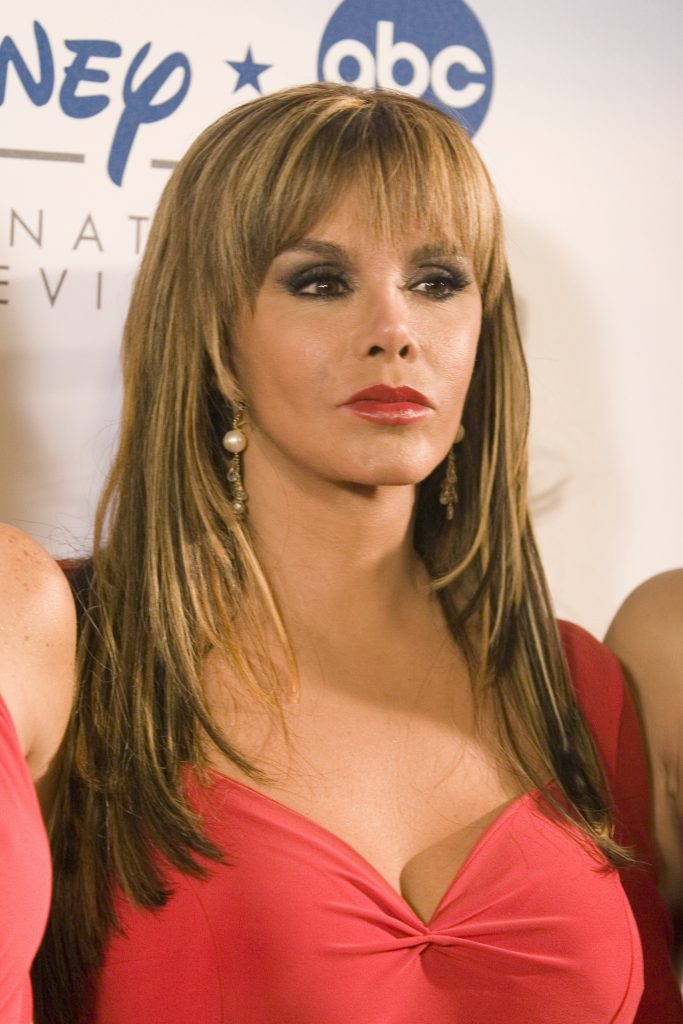 Lucia Mendez - UPLM No...